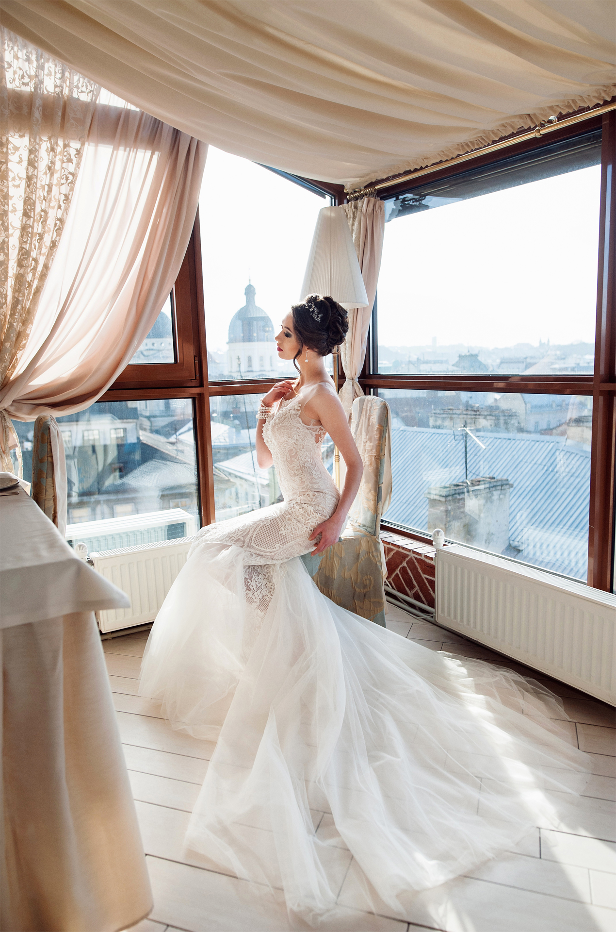 Giselle luxurious mermaid wedding dress with guipure lace for Wedding salon